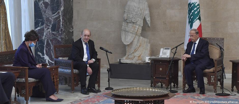 وزير الخارجية الفرنسي في لقاء مع الرئيس اللبناني