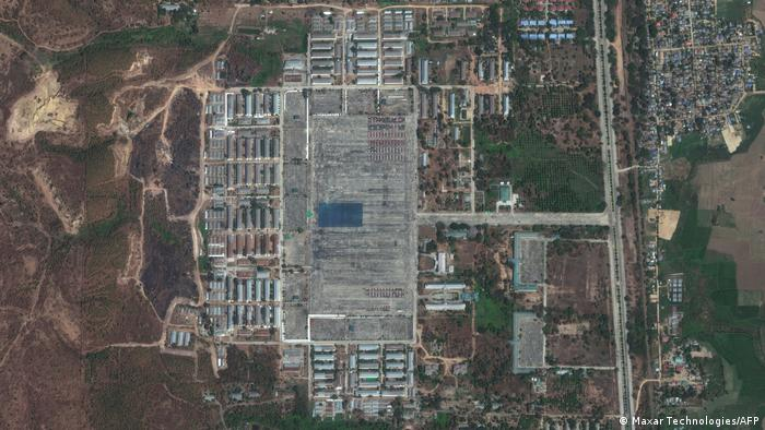 satellite view of soldiers in formation