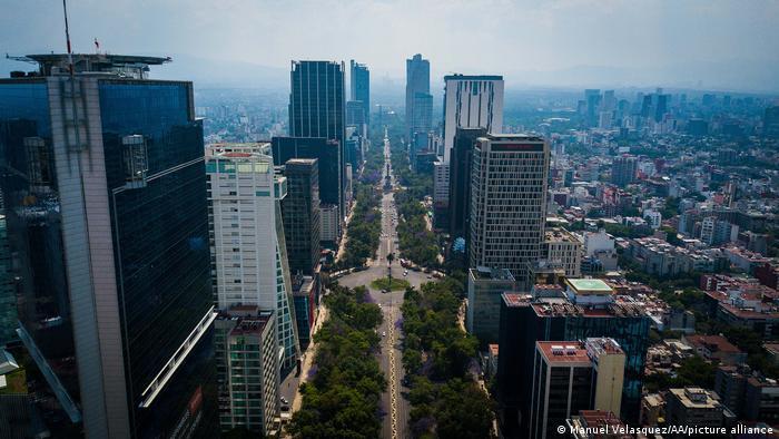 Vista aérea de la Avenida Reforma durante la pandemia de coronavirus en la Ciudad de México.