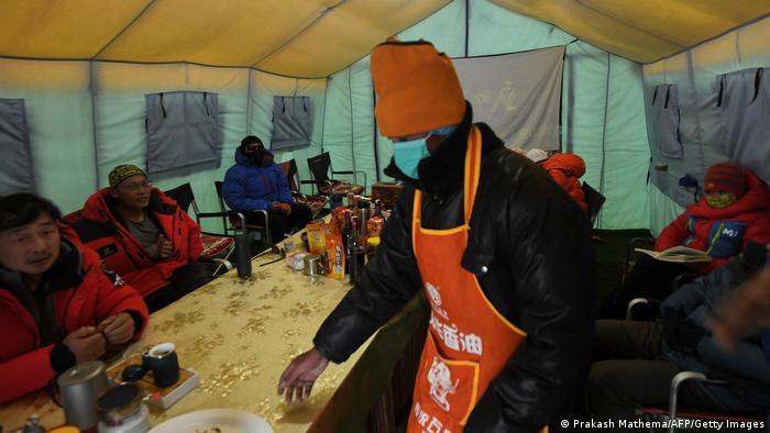Nepal   Camp am Mount Everest