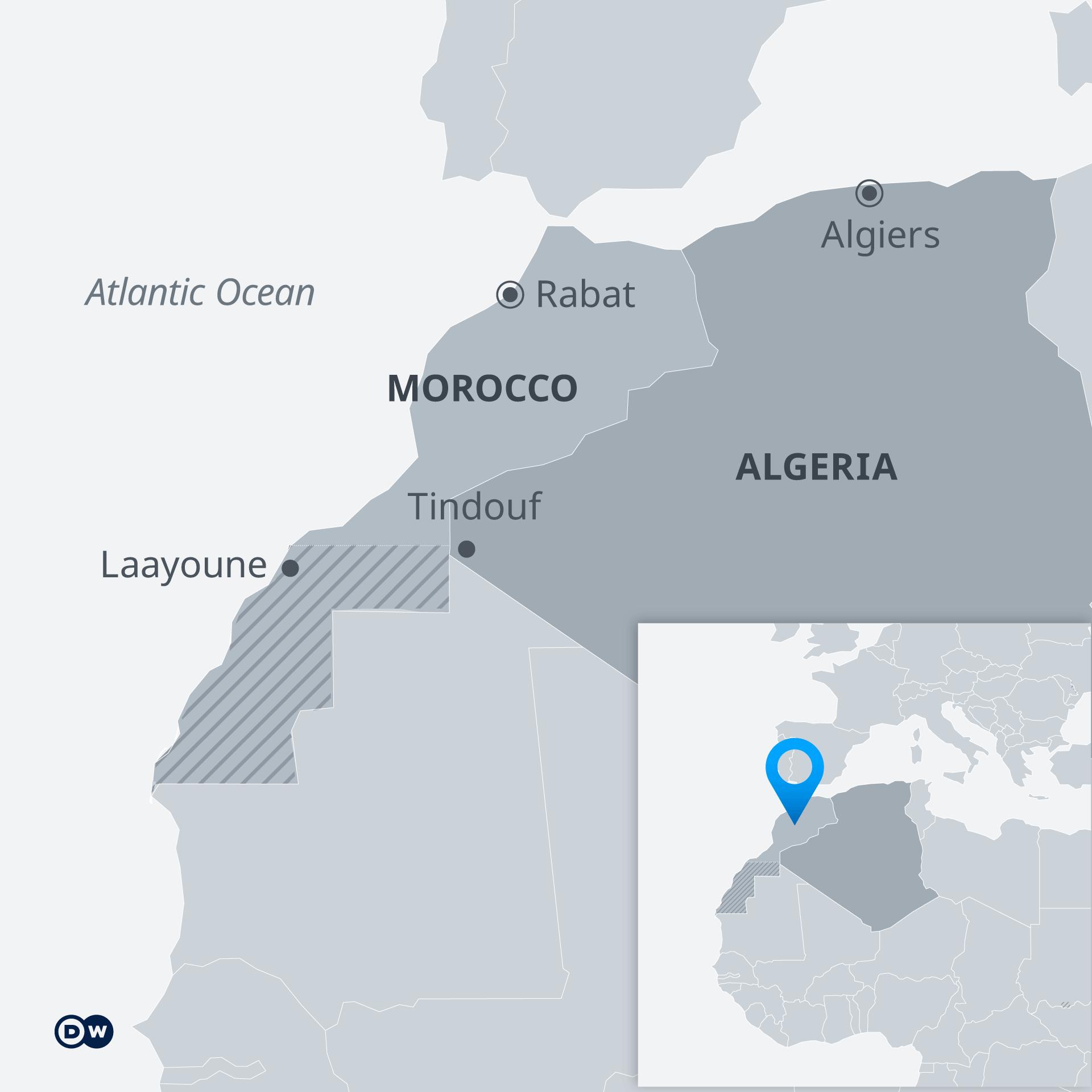 La zone hachurée est celle du Sahara occidental, qui divise le Maroc et l'Algérie