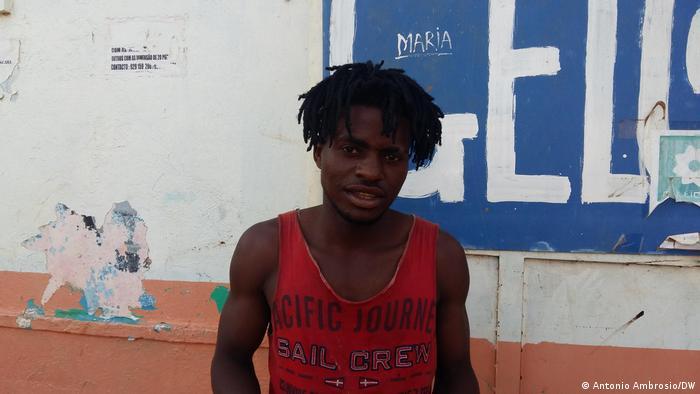 Angola  Diskriminierung von Jugendlichen an Schulen   Moises Miguel
