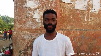 Angola  Diskriminierung von Jugendlichen an Schulen   Gregorio