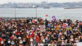 Κωνσταντινούπολη διαδήλωση γυναικών