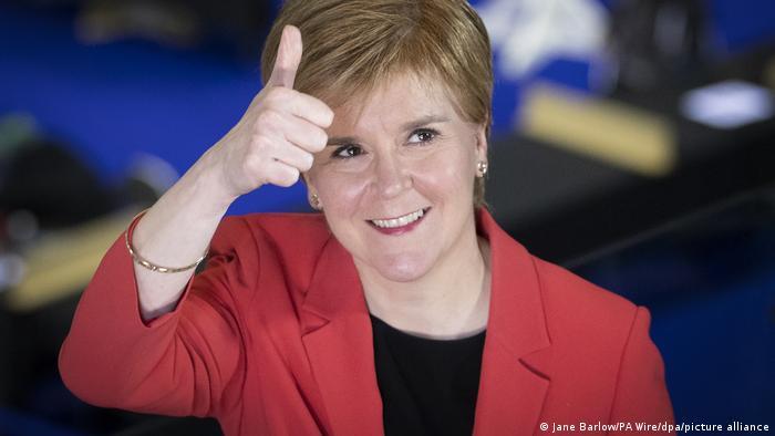 نیکولا استرژن، نخستوزیر اسکاتلند و پیروزی مجدد در انتخابات پارلمانی