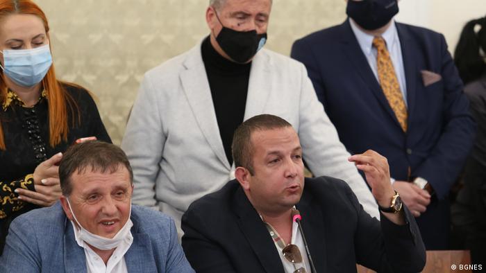 В комисията за ревизия на управлението на ГЕРБ: зърнопроизводителят Светослав Илчовски (вдясно) и бизнесменът Иван Ангелов