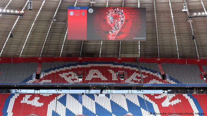 Fußball Bundesliga |FC Bayern München vs. Borussia Mönchengladbach |Anzeige 9. Titel Deutscher Meister
