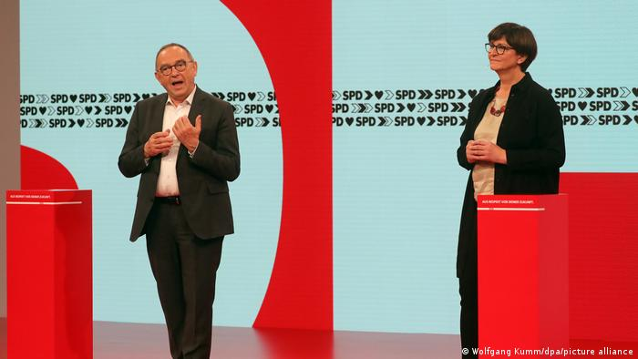 Predsjedatelji SPD-a Norbert Walter-Borjans i Saskia Esken