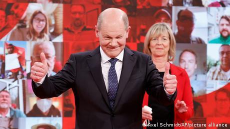 Γερμανία: Κόντρα στις δημοσκοπήσεις ελπίζει το SPD