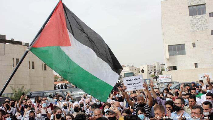مظاهرات في الأردن أمام السفارة الإسرائيلية