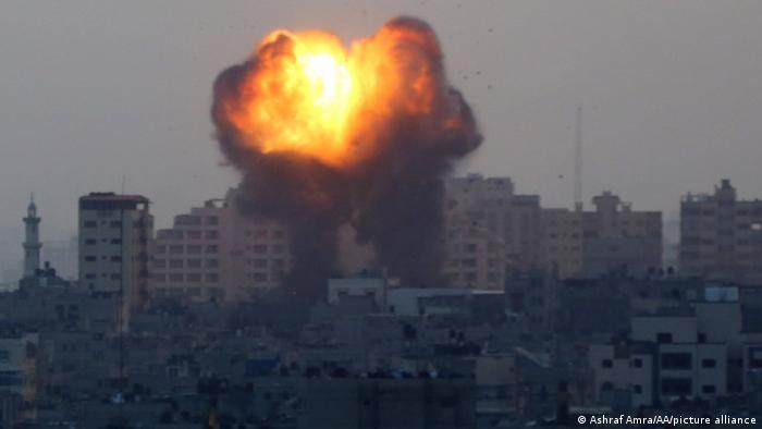 Gaza City | Luftschläge aus Israel