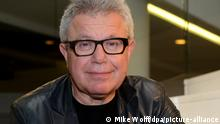 A photo of Daniel Libeskind wearing glasses.