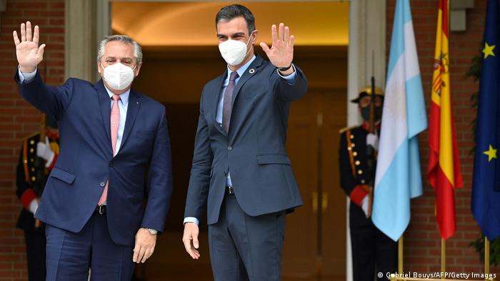 Spanien Madrid | Argentinischer Präsident Alberto Fernandez bei Premierminister Pedro Sanchez
