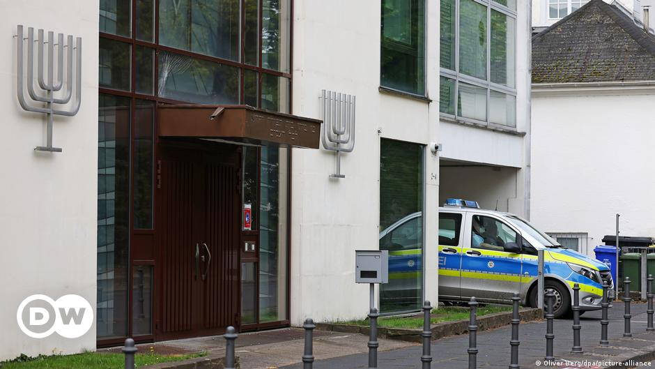 Germany: Synagogue vandalism condemned by lawmakers, religious leaders