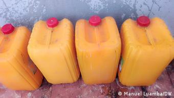 Angola Wassermangel aufgrund von Müll in Luanda