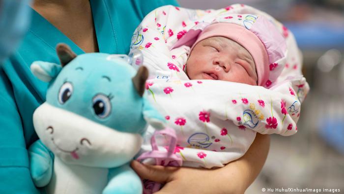 China Uiguren Xinjiang Kinder Geburtenrate Baby