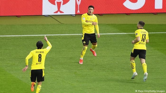 Deutschland Berlin   DFB Pokal Finale   Tor für Borussia Dortmund