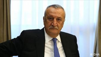 Eski İçişleri Bakanı Mehmet Ağar