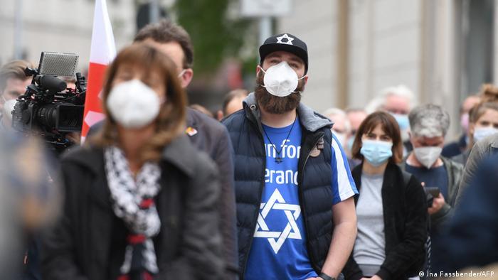 Akcija protiv antisemitizma ispred sinagoge u Gelsenkirchenu