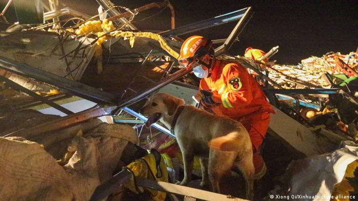 Rescue workers in Wuhan