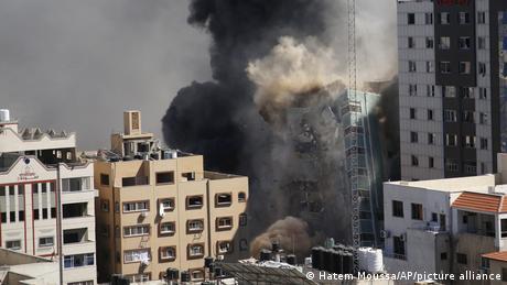 Israel Gaza Konflikt l Zerstörtes Gebäude in Gaza