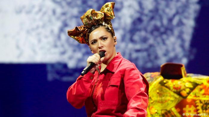 Манижа во время репетиции Russian woman на сцене Евровидения в Роттердаме