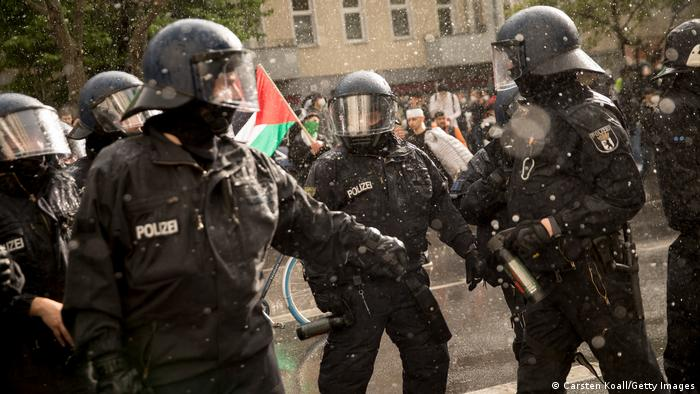 Deutschland Berlin | Pro-palästinensischer Protest | Polizei