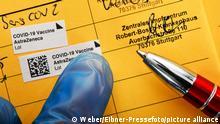 Deutschland | Coronavirus | Impfpass zweite Impfung AstraZeneca