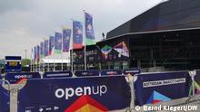 Eurovision Song Contest ESC 2021 Rotterdam l vor der Veranstaltungshalle