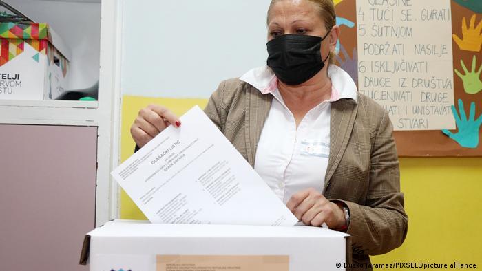 Komunalni izbori u Hrvatskoj su posvuda bili razmjeno dobro posjećeni: ovdje se bira u Šibeniku