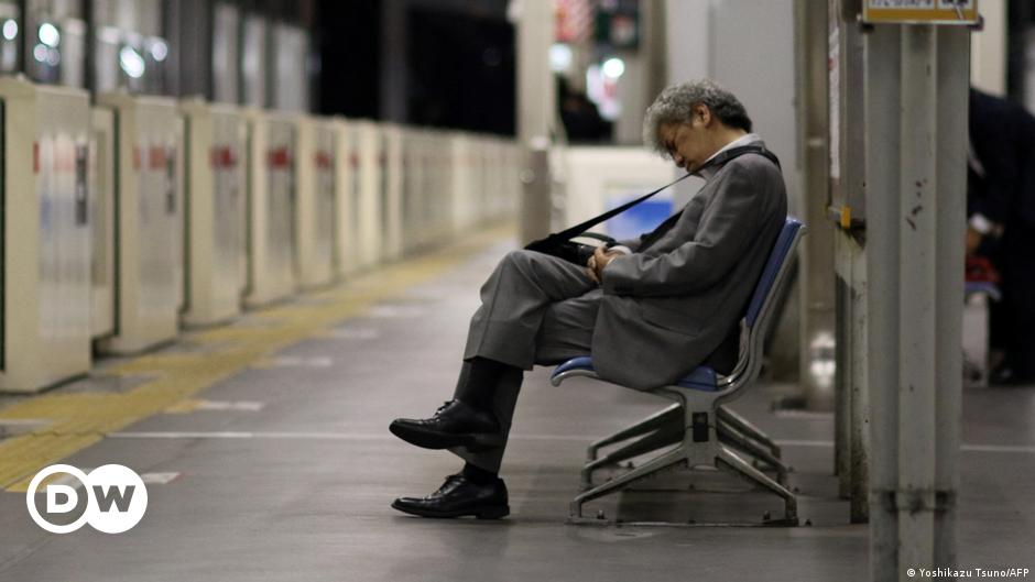 Japan proposes four-day working week to improve work-life balance