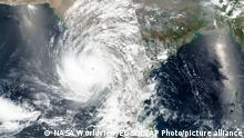 TABLEAU Bildergalerie Indien | Zyklon Tauktae, Satellitenbild