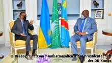 Der kongolesische Präsident Félix Tshisekedi mit dem ruandischen Präsidenten Paul Kagame am Montag, den 17. Mai 2021 in Paris gewährt hat, im CMS hoch.