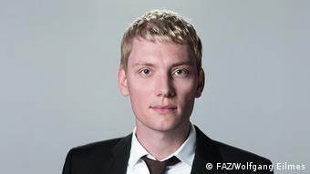 Оглядач FAZ Йохен Штанке