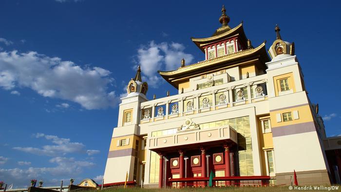 Златният храм