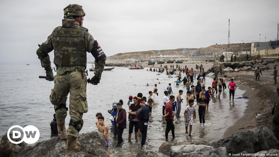 Llegan pateras con 540 migrantes a las costas españolas
