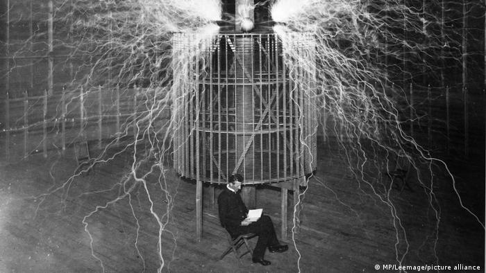 Nikola Tesla I 1857-1943