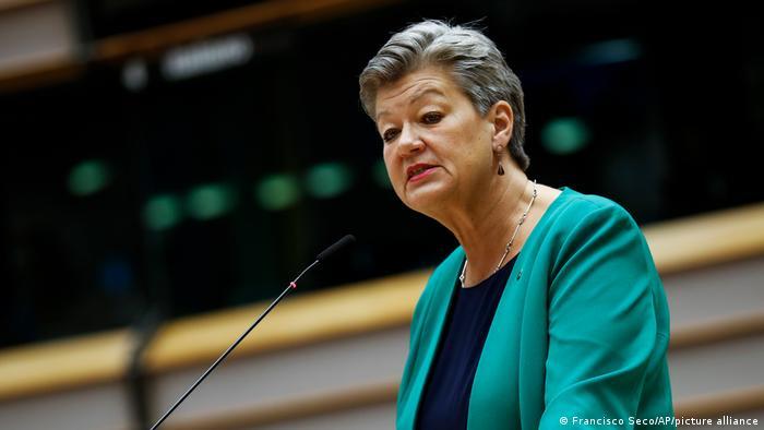 EU-Innenkommissarin Ylva Johansson plädiert für eine physische Barriere an der Grenze zu Belarus