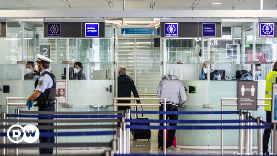 Coronavirus: Germany tightens entry rules for unvaccinated travelers