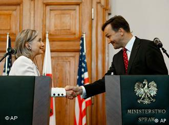 US Secretary of State Hillary Clinton with Polish foreign minister Radoslaw Sikorski