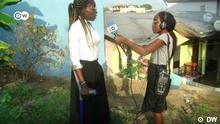 Esther, jeune reporter, raconte la vie des femmes en situation de handicap au Cameroun Les personnes en situation de handicap sont souvent confrontées à des discriminations quotidiennes. Dans le cadre de notre projet #PasSansElles, Esther, jeune reporter camerounaise de 19 ans, a pu constater cela auprès des femmes vivant avec un handicap à Douala. Regardez son reportage. ****https://www.dw.com/fr/esther-jeune-reporter-raconte-la-vie-des-femmes-en-situation-de-handicap-au-cameroun/av-56034059