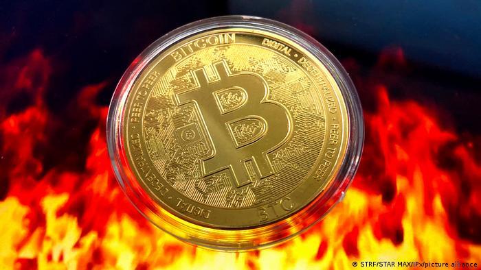 bitcoin plunge btc grupė qatar