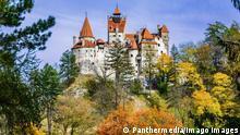 Bran Castle, Brasov, Transylvania, Romania. Autumn landscape wit Copyright: xdavidionutx Panthermedia23875380