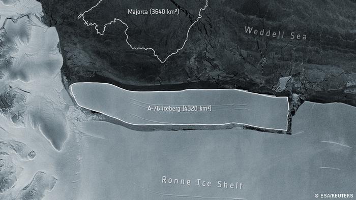 Satellitenaufnahme von Eisberg A-76 und dem Ronne Ice Shelf, von der der sich gelöst hat