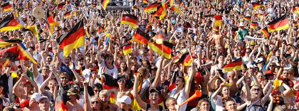 Deutschland WM Weltmeisterschaft Public Viewing Fans Jubel Stimmung No-FLash