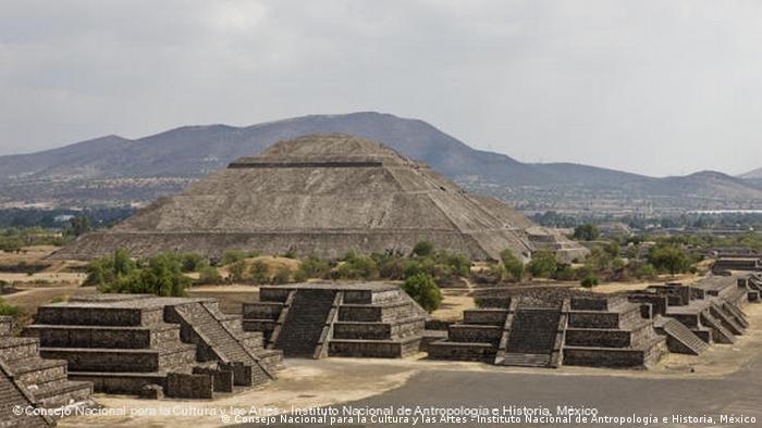 Ruínas de Teotihuacán, no México