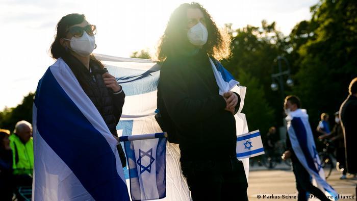 Alemania celebró el viernes el alto el fuego que entró en vigor entre Israel y el movimiento islamista Hamás en la Franja de Gaza, pero advirtió que ahora se deben abordar las causas profundas del conflicto, según el jefe de la diplomacia alemana, Heiko Maas. (21.05.2021).