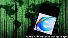 February 26, 2020, Poland: In this photo illustration a Microsoft Internet Explorer web browser logo seen displayed on a smartphone. Poland - ZUMAs197 20200226_zab_s197_055 Copyright: xFilipxRadwanskix
