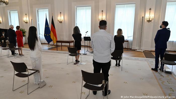 Deutschland | Einbürgerungszeremonie im Schloss Bellevue