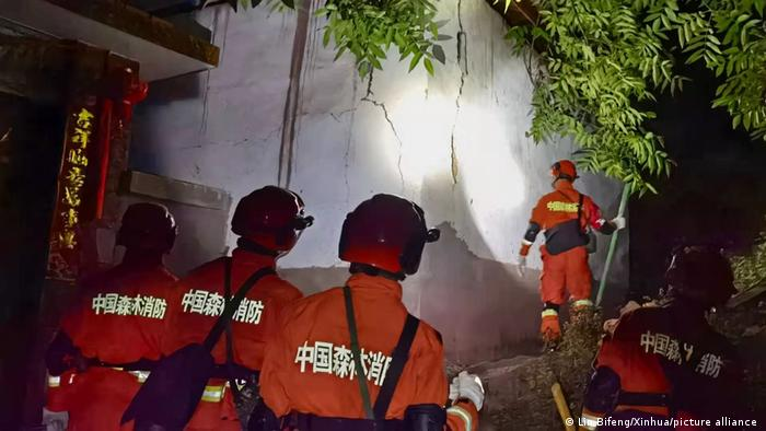 Rescuers work at the epicenter in Yangbi Yi Autonomous County in southwest China's Yunnan Province